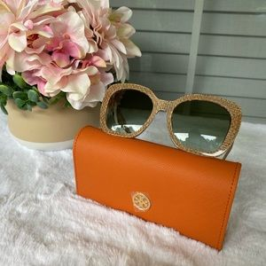 HP🎊 Tory Burch sunglasses 🕶